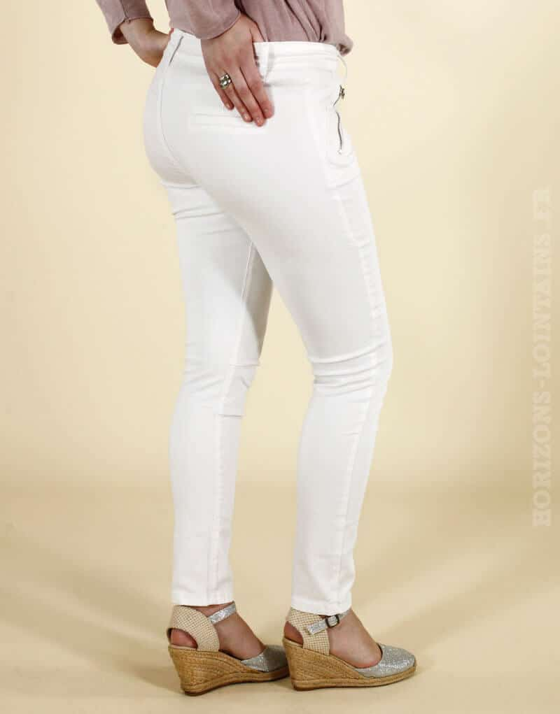 Pantalon chino blanc, poches zip devant