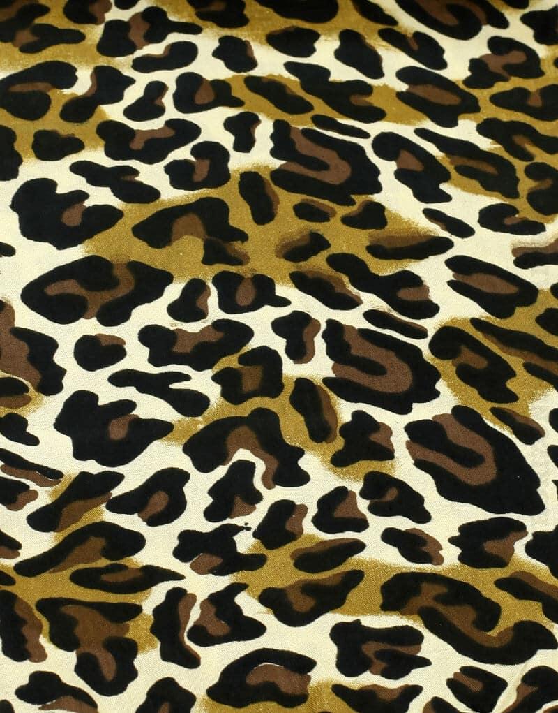 Paréo de plage long motif taches de léopard marron et beige