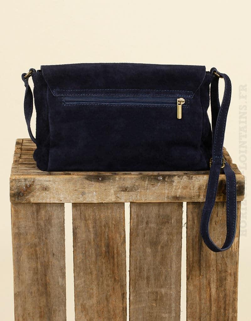 Petit sac cartable bleu marine en croûte de cuir avec sangle ajustable 804b719097f