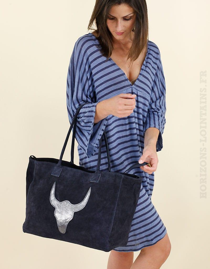 Grand sac bleu marine avec anse, tête de buffle argentée