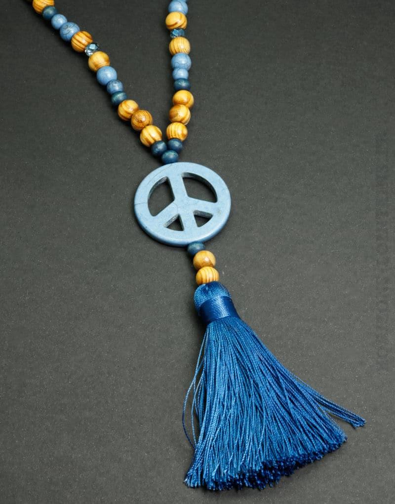 collier perle pompon