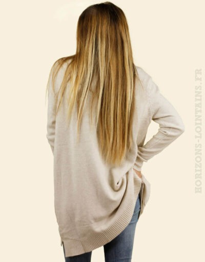 Pull long poches beige col roulé