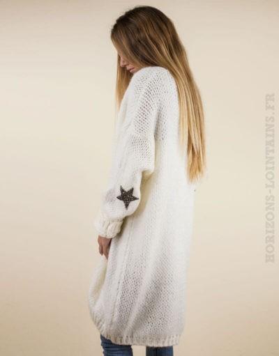 Veste longue écrue à grosses mailles, etoile strass aux coudes 04