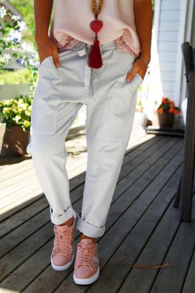 Pantalon-de-jogging-urbain-à-poches-gris-04-2