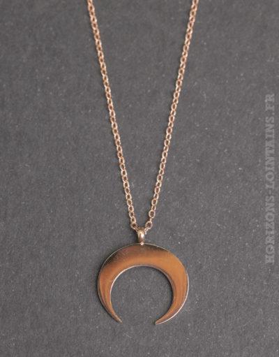 Collier acier pendentif petit croissant rose gold