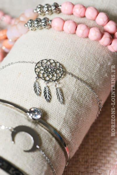 Bracelet acier dream catcher argenté petites plume attrape rêves