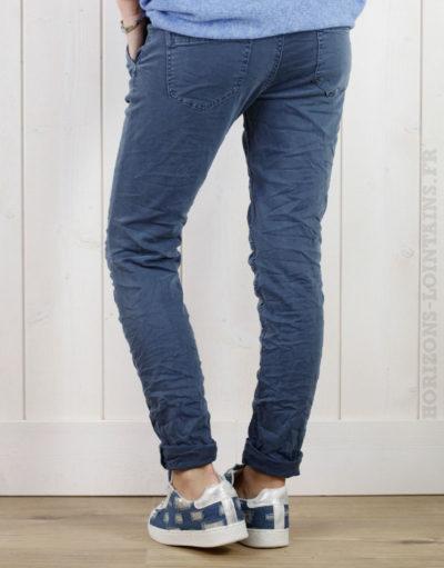 Pantalon bleu jean, ceinture lacet