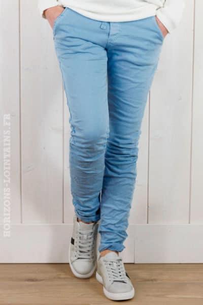 pantalon-bleu-ciel-lacet