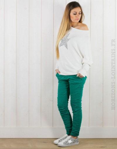Pantalon vert, ceinture lacet