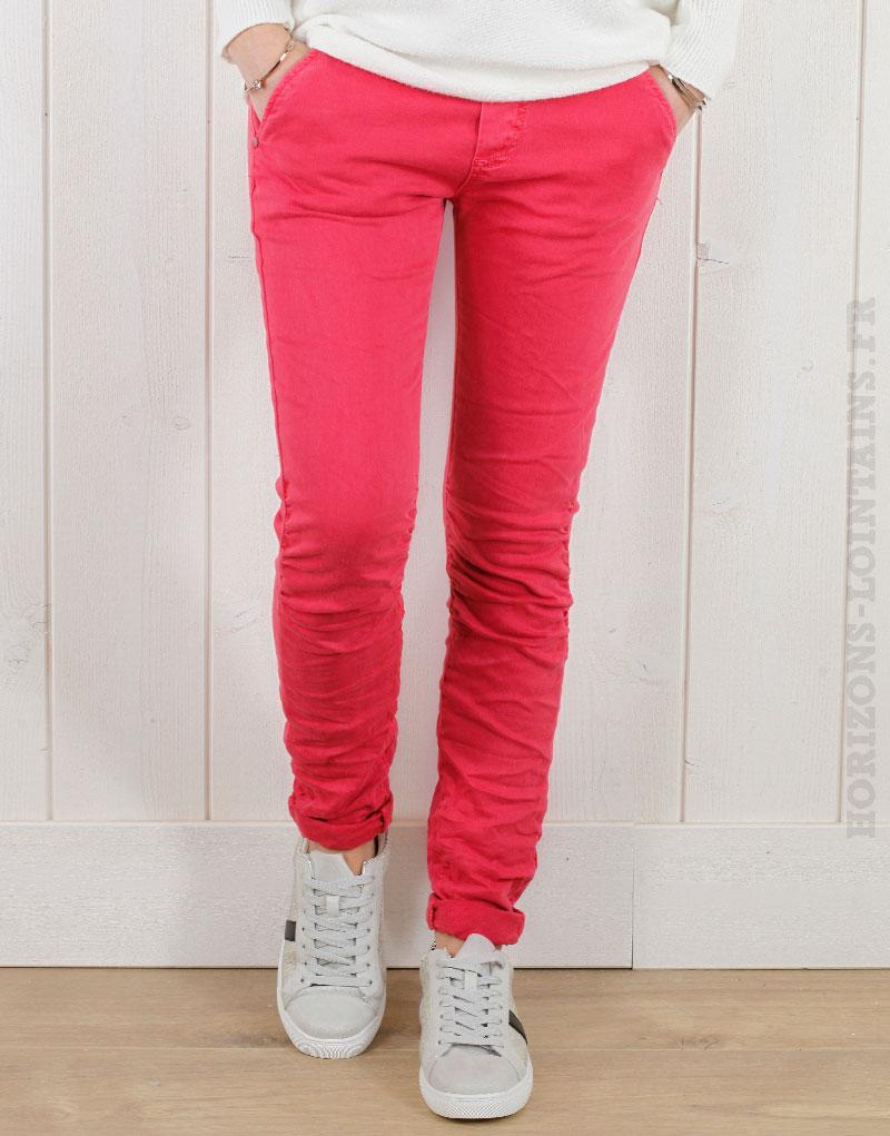 Pantalon framboise, ceinture lacet