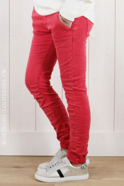 pantalon-framboise-lacet