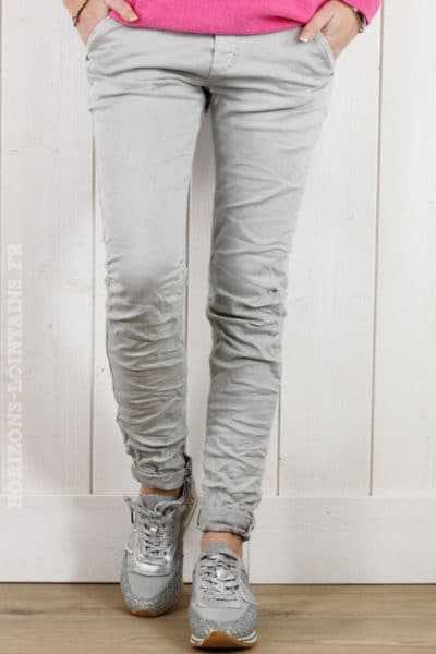 pantalon-gris-clair-lacet