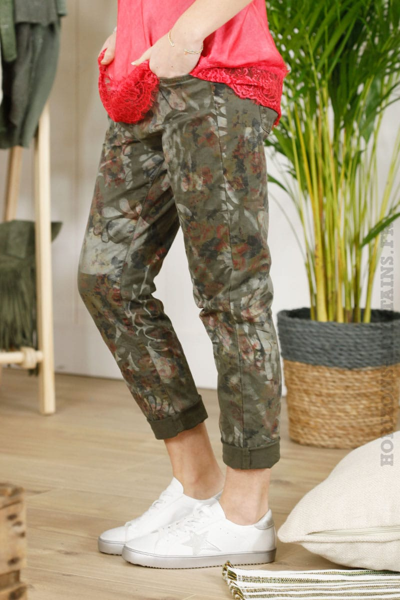 Pantalon kaki imprimé