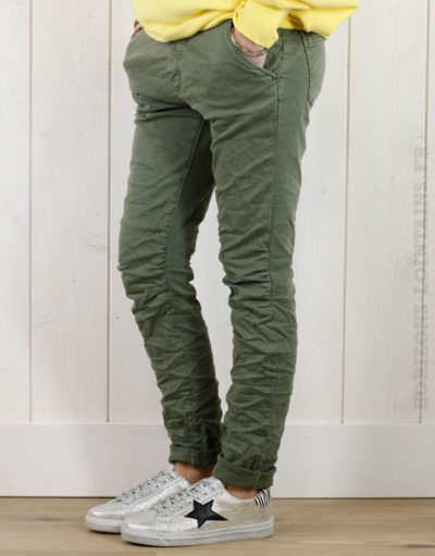 Pantalon kaki clair, ceinture lacet