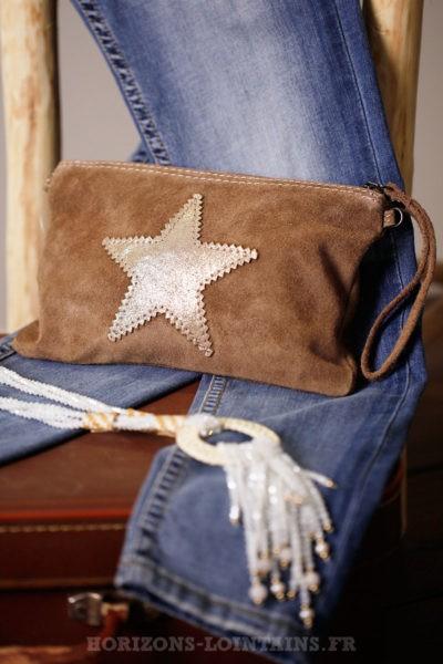 petite pochette étoile cuir velours marron taupe
