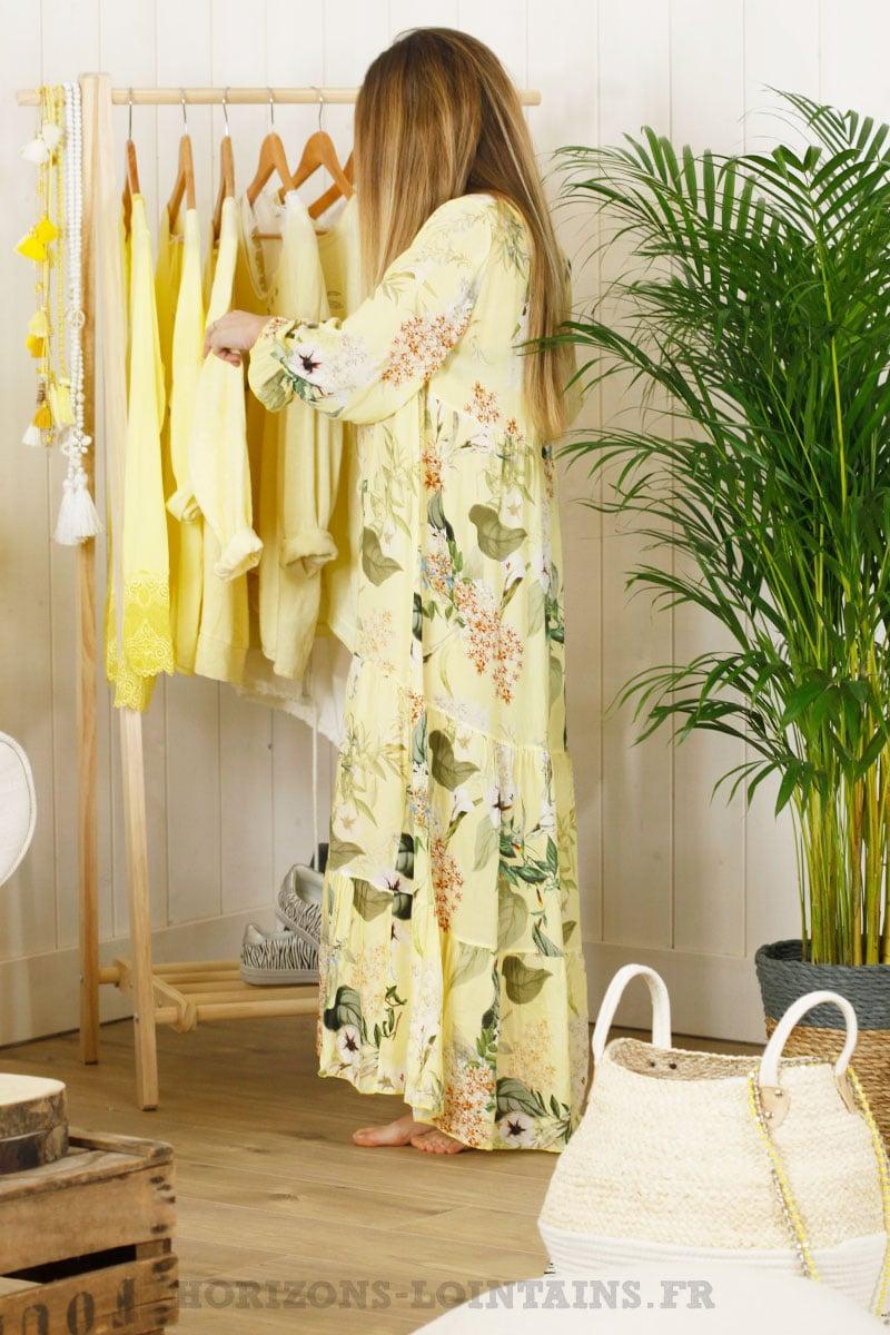Robe longue jaune, imprimé fleuri