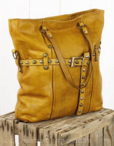 sac moutarde cuir souple vintage ceinture clous