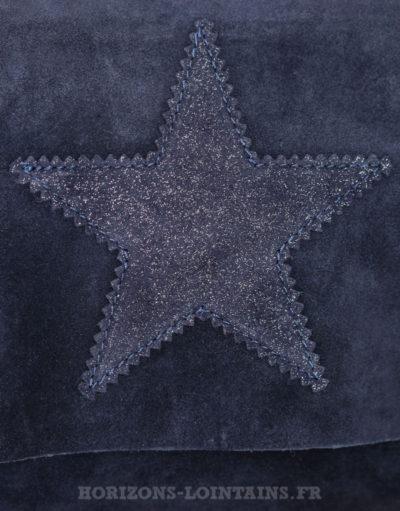 Sac à rabat bleu marine, étoile, crôute de cuir