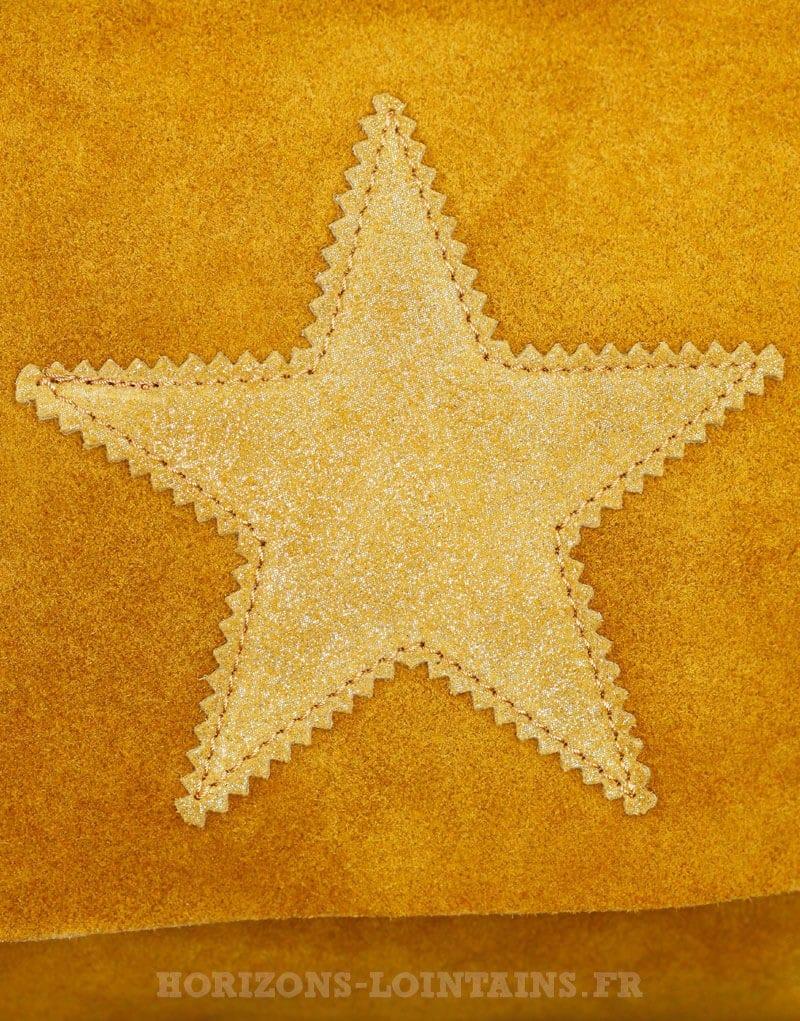 Sac à rabat moutarde, étoile, crôute de cuir