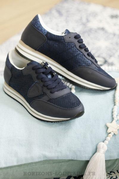Baskets bleu marine