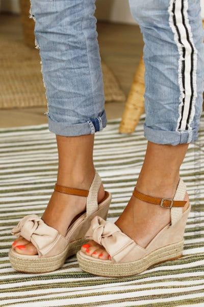 Chaussures compensées roses, nœud