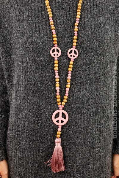 Collier perles bois peace and love pompon rose poudré