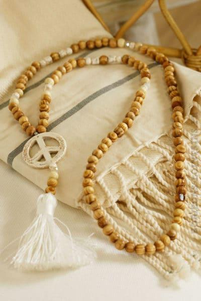 Collier sautoir perles bois peace'n'love écru