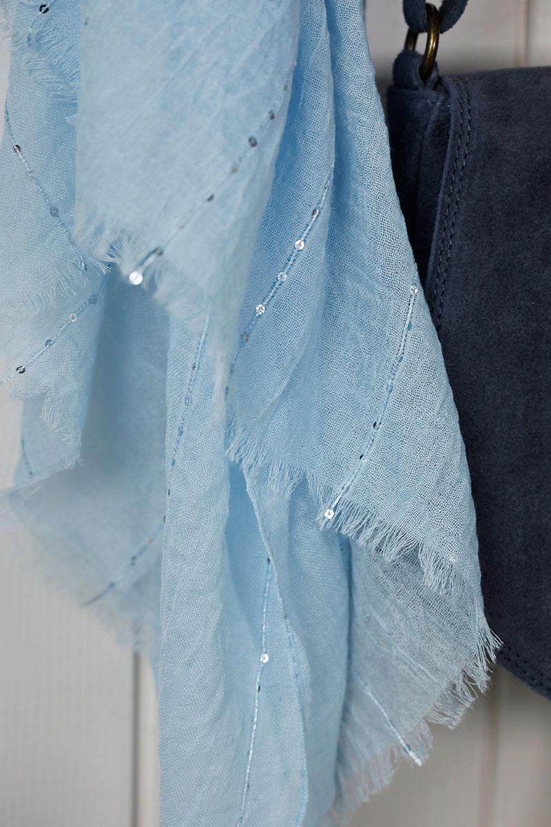 Écharpe bleu ciel, petits sequins - Horizons Lointains 6b57ff1f78a