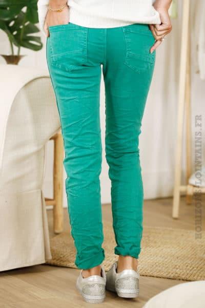 Jean vert anglais bandes perlées sur les côtés