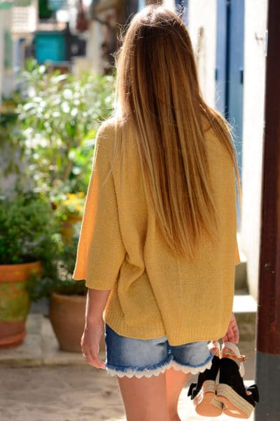 Pull moutarde effet lamé, manches 3/4