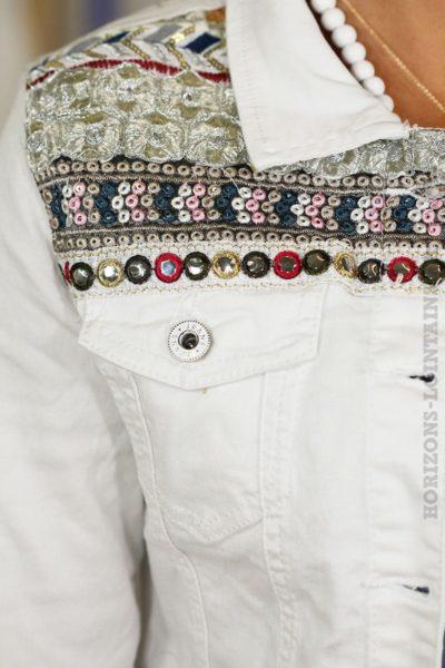 Veste jean blanche broderies brillantes à facettes