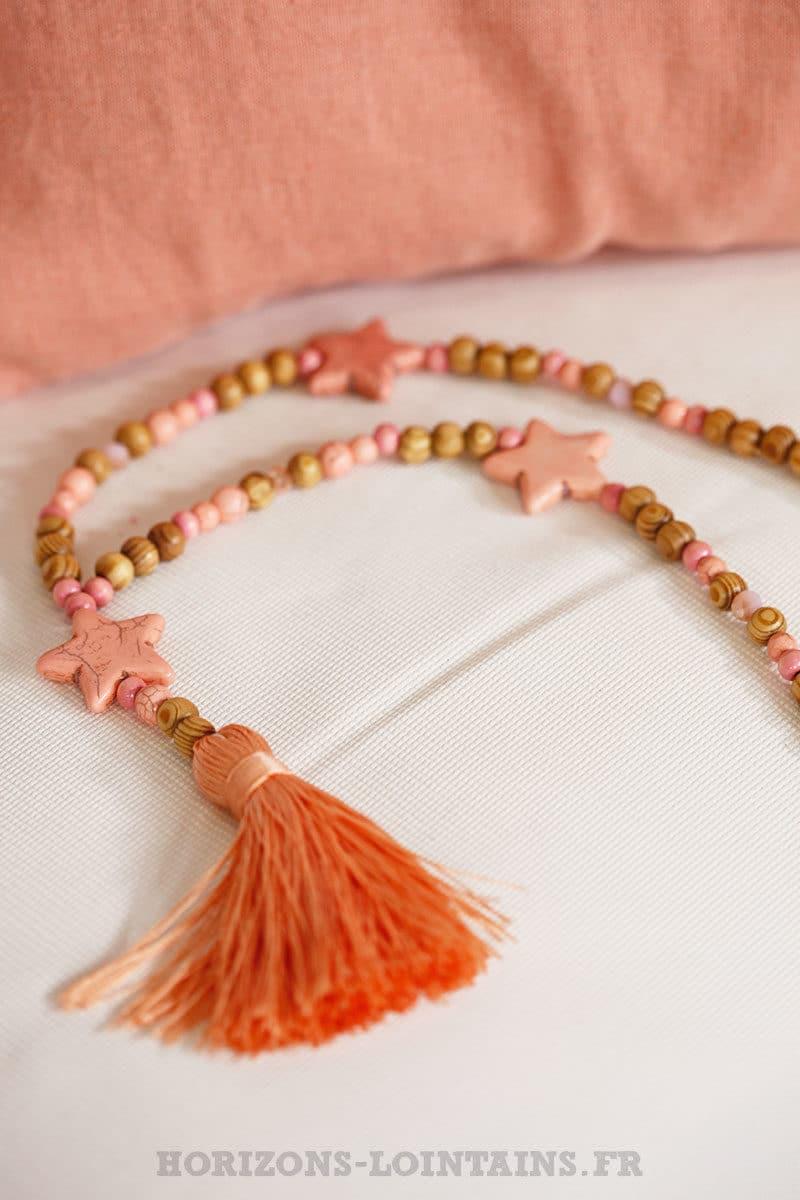 collier perle marron