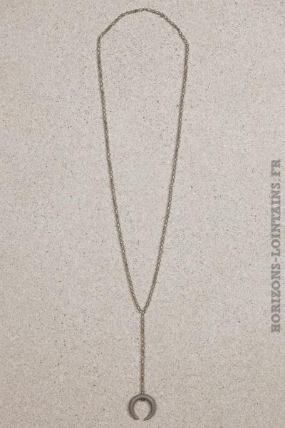 collier petites perles grises corne croissant lune gris foncé