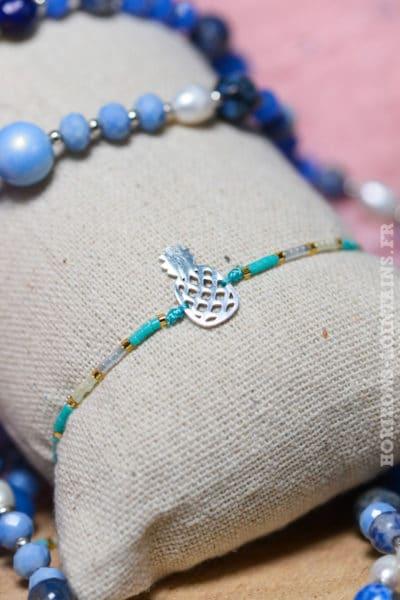 Bracelet ananas acier argenté brillant perles bleues blanches