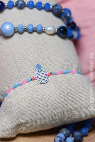 Bracelet ananas acier argenté brillant perles bleues roses