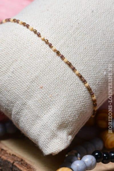 Bracelet petites perles facettes taupe beige