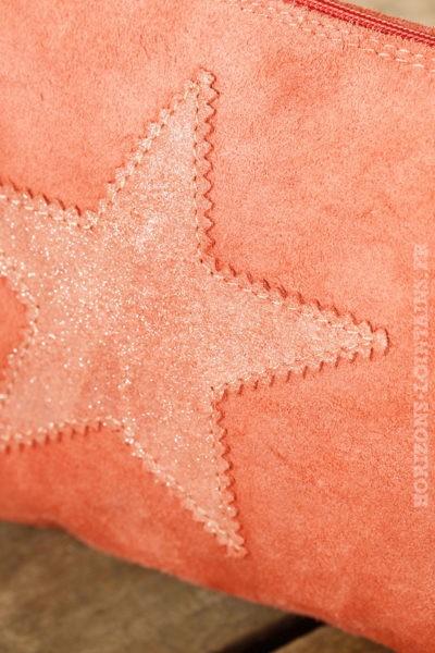 Grande pochette rose corail étoile brillante matière croûte cuir