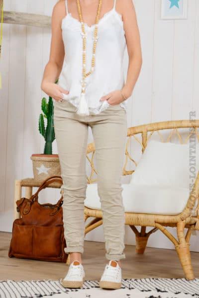 Jean-beige,-bandes-perlées-B07-2