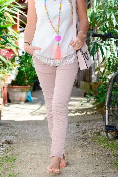 Jean-stretch-ceinture-rose-poudré-B34