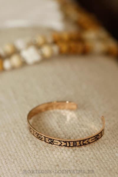 Jonc motifs ethniques acier couleur rose gold bijoux orangé