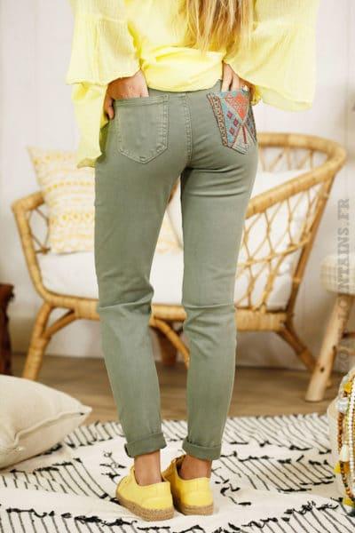Pantalon kaki, poches et ceinture ethnique - Onado