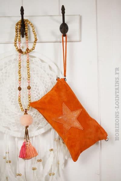 Pochette étoile brillante croûte cuir orange vif