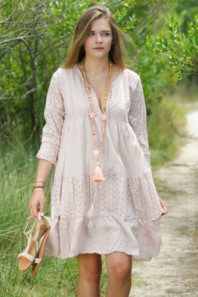 Robe-broderie-anglaise-rose-poudré-B009-3
