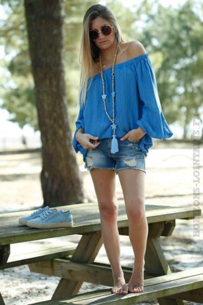 Tunique fines rayures verticales bleues col bardot manches à volants