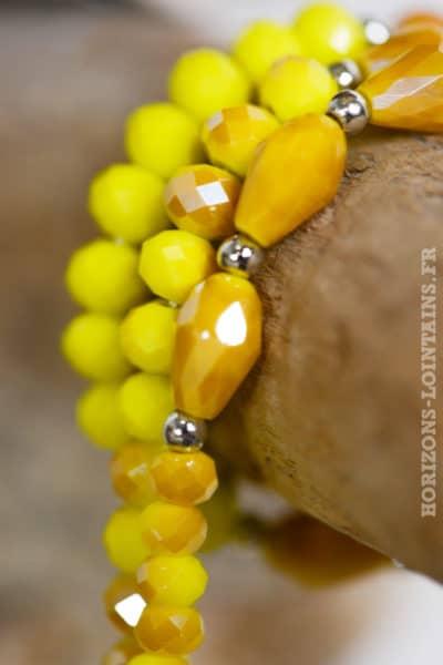 collier perles jaunes trio anneaux métal