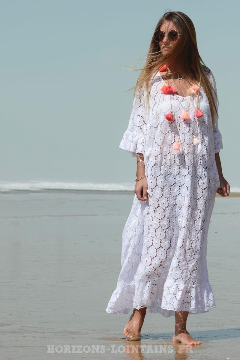 Robe blanche longue dentelle ajourée - Horizons Lointains 8d678c35ccb