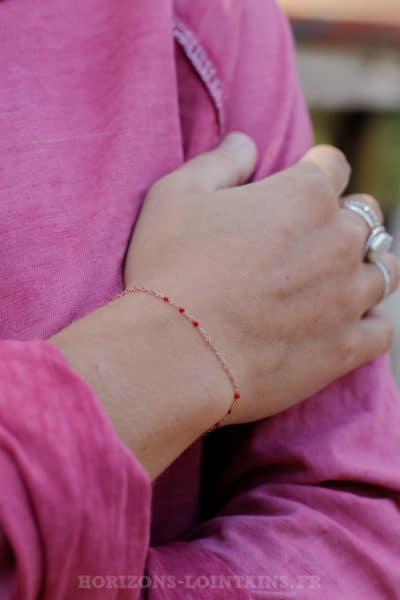 Bracelet-chaîne-rose-gold-perles-rouge-BRA-083