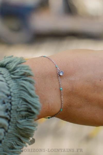 Bracelet-chaine-fine,-petite-perle-turquoise,-pendant-strass-BRA-079