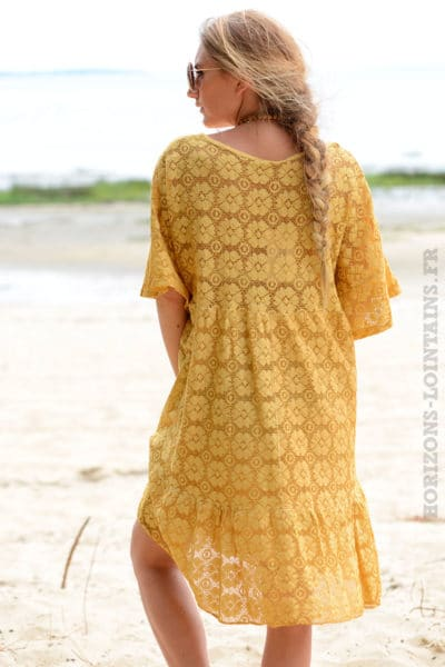 Robe-jaune-moutarde-dentelle-col-V-avec-lacet--b35