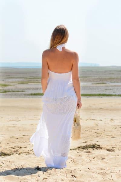 Robe longue blanche dentelle doublée, dos nu